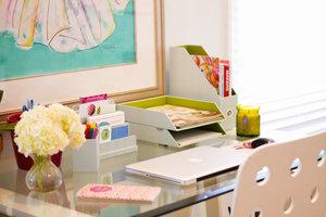 rsz_clean_desk_